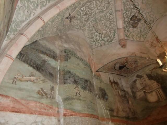 Фрески на потолке