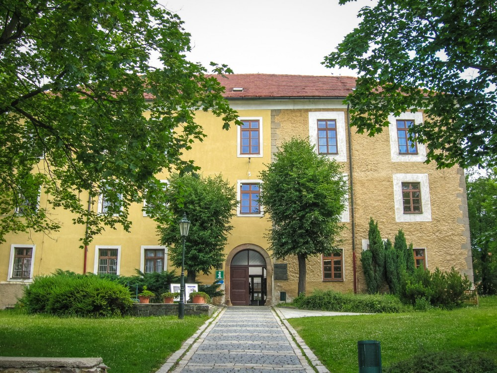 Замок Эрнестина