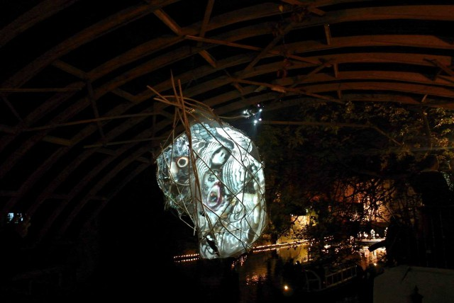 Очередная световая инсталляция