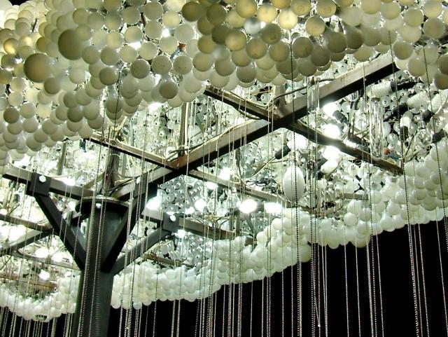 Инсталляция на набережной Влтавы