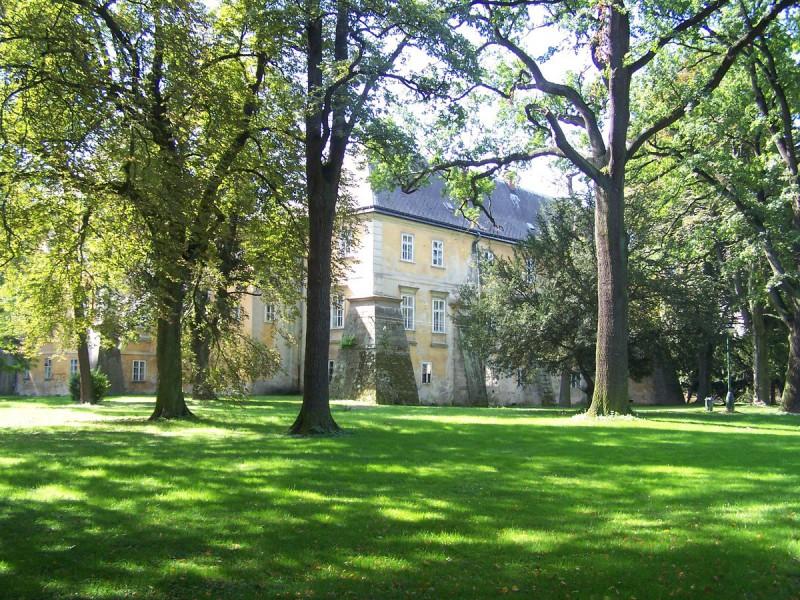Смиржицкий замок (Zámek Smiřice)