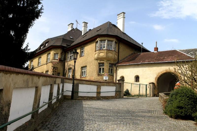 Замок (Českodubský zámek)