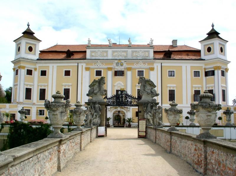 Замок Милотице (Zámek Milotice)