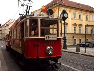 «Ностальгическое путешествие» по Праге на трамвае №91