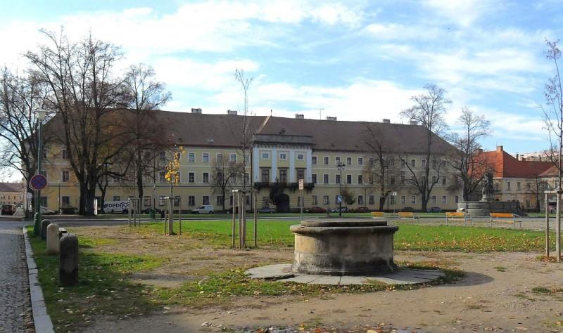 Бывший штаб, теперь военный музей