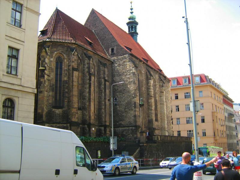 Церковь св. Вацлава (Kostel sv. Václava Na Zderaze)