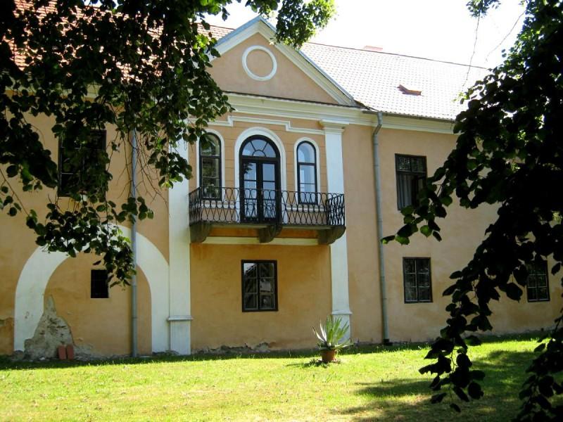 Мешицкий замок (Měšický zámek)