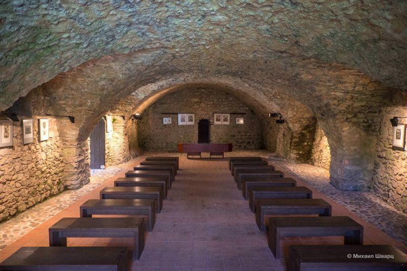 Церковь в замке Раби