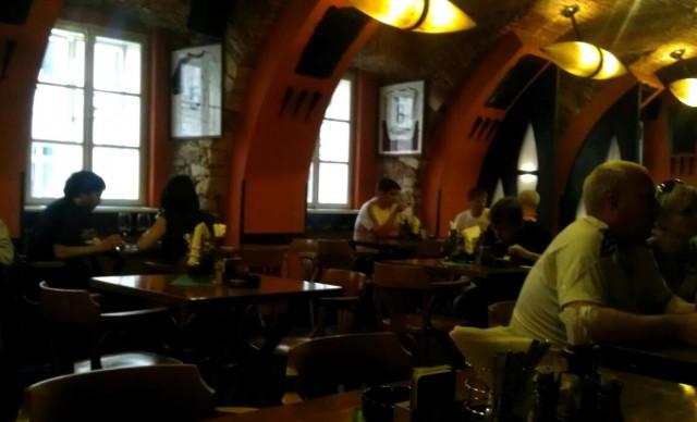 Пивная Бредовский двор (Restaurace Bredovský dvůr)