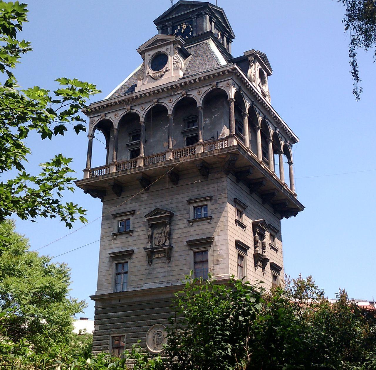 Мальта отель водонапорная башня