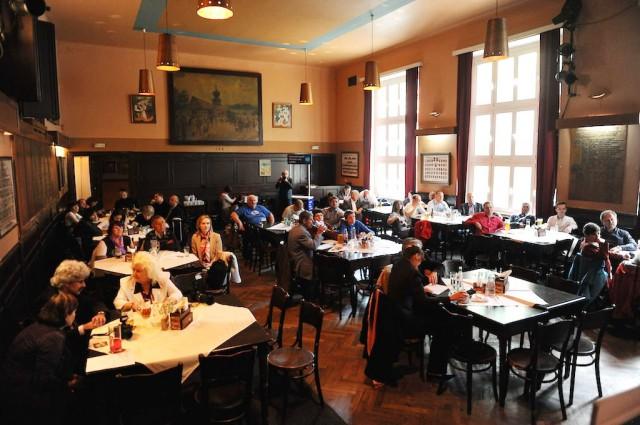 Ресторан «Барачницка Рыхта» (Restaurace Baráčnická rychta)