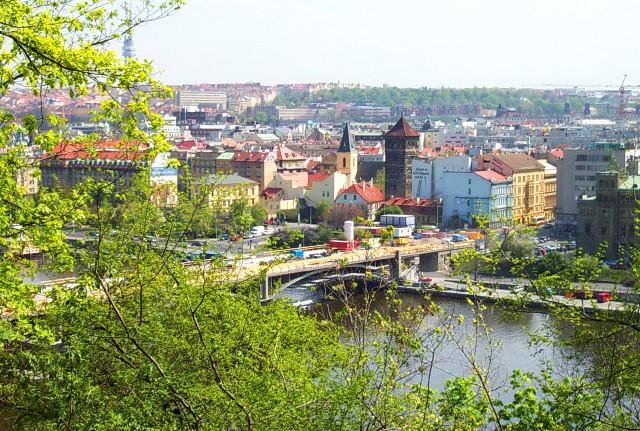 Новомлынская водонапорная башня - заброшенный исторический памятник
