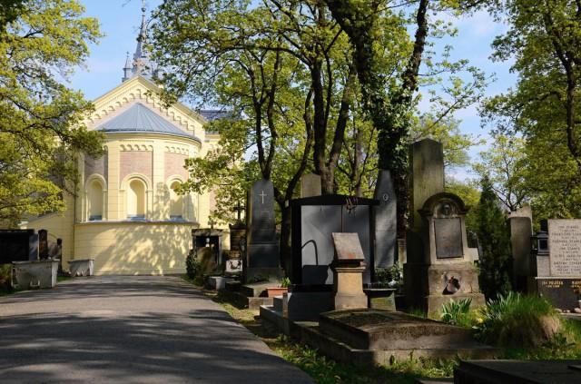 Вид на церковь сзади