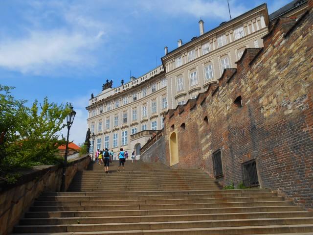 Новая Замковая лестница - историческая дорога к Пражскому Граду