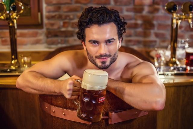 Пиво в Чехии не только пьют… В нем даже купаются!