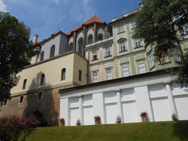 Вид на  Терезинское крыло из Сада на Бастионах