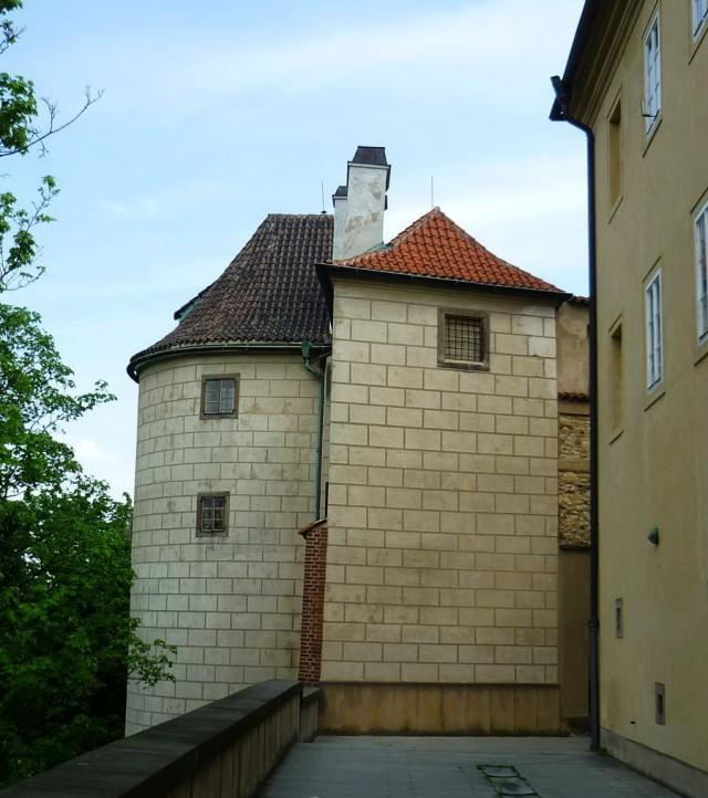Вид  башни со стен Пражского града