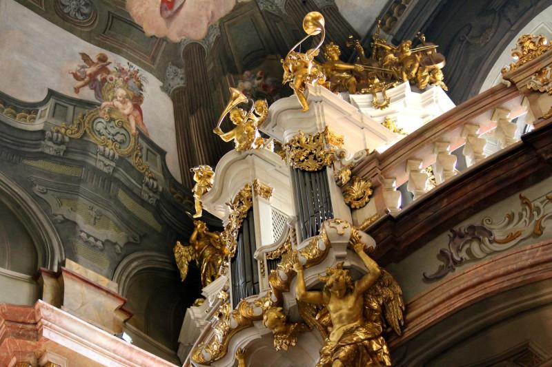 Орган в церкви Святого Николая