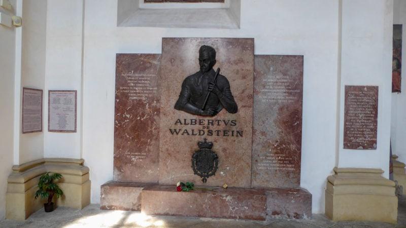 Надгробная плита Альбрехта Вальдштейна