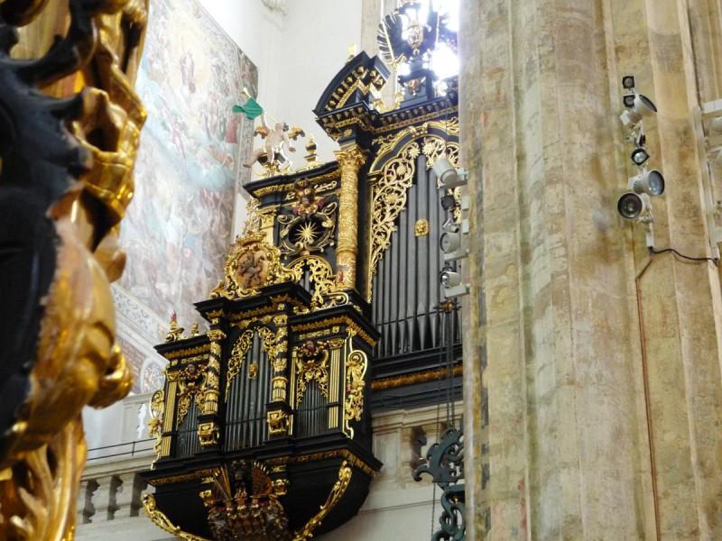 Орган в Храме Девы Марии перед Тыном