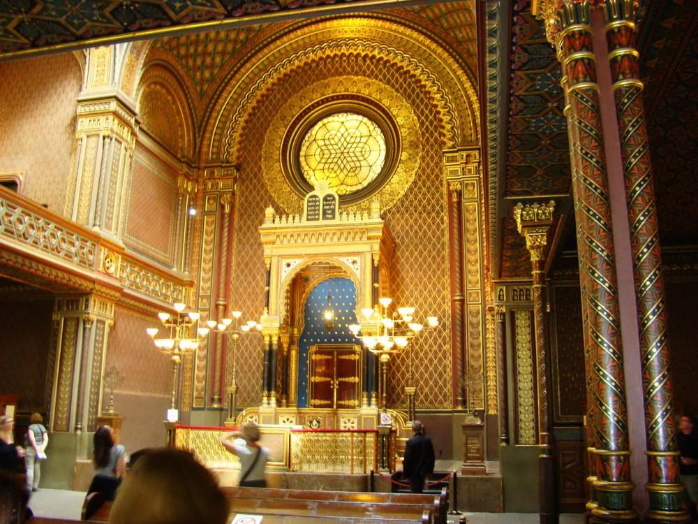 Интерьер Испанской синагоги