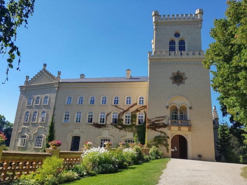Замок Хише (Zámek Chyše)