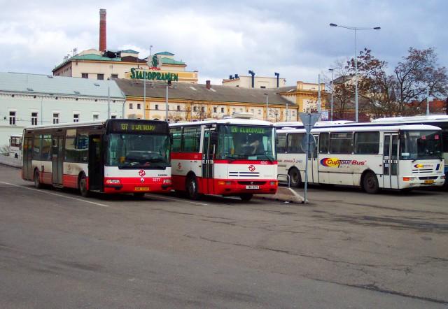 Автовокзал На Книжеце (Na Knížecí)