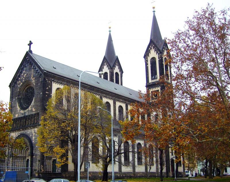 Костел святых Кирилла и Мефодия в Карлине
