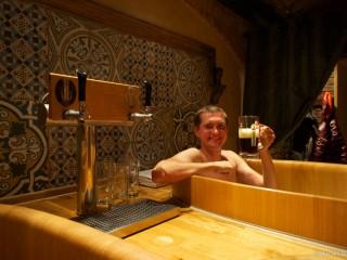 Как я принимал пивные ванны Lázně Pramen в Праге