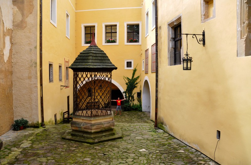 Замок Маленовице – памятник средневековой архитектуры возле города Злин
