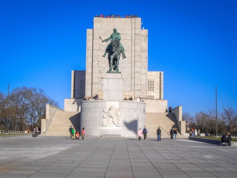 Национальный памятник на Виткове