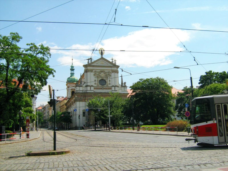 Костел Святого Лойолы