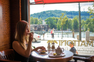 Кафе Славия — излюбленное место пражской богемы