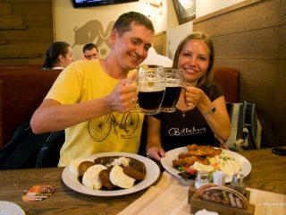 Сколько стоит поесть в Праге?