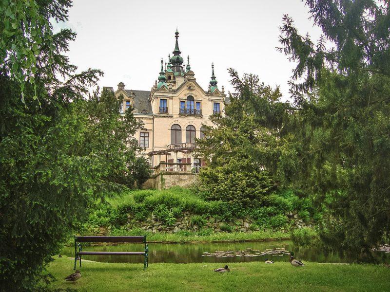 Замок Велке-Бржезно