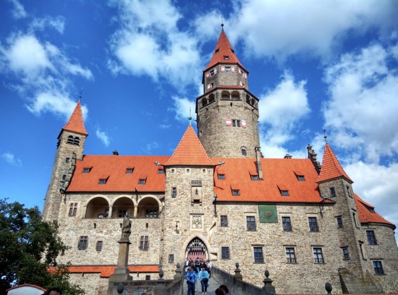 Замок Боузов (Hrad Bouzov)